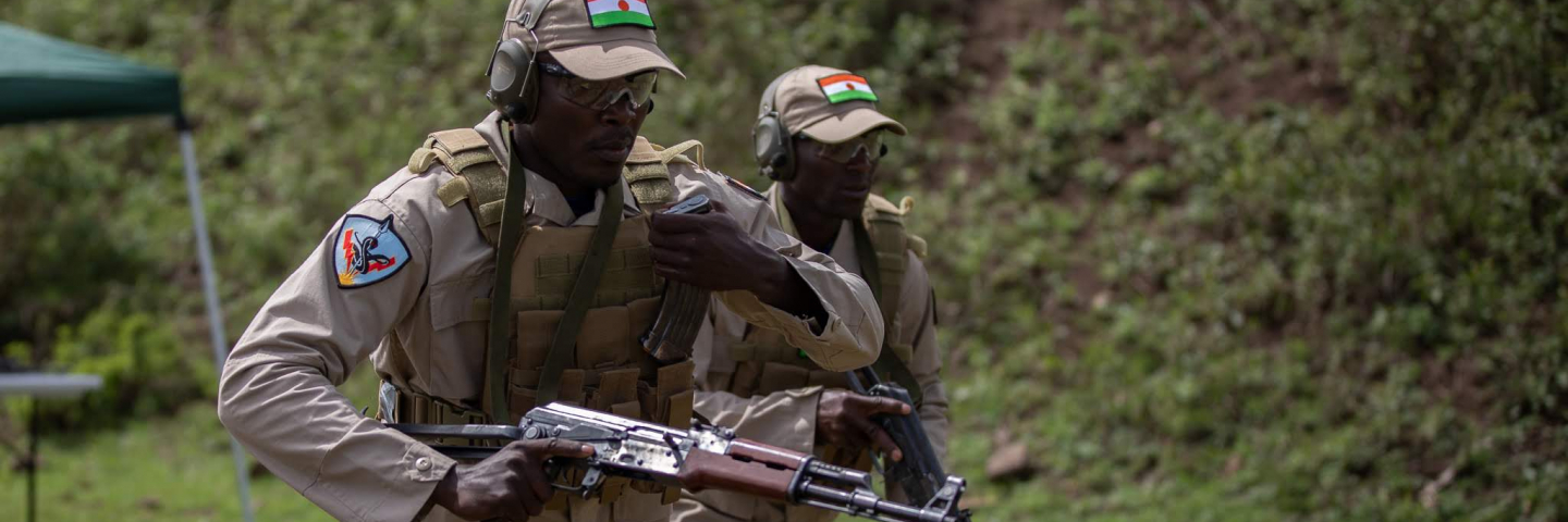 training Kenyan Soldiers