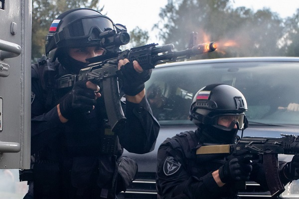 "Situational firing was carried out with the officers of the Special Police Forces ""Grad"" of the Department of the Federal Guard of the Kaliningrad Region. The commandos showed not only accuracy and speed of reaction, but also the ability to act cohesively as part of a battle group, October 7, 2019."